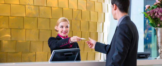 atención al cliente en hotel
